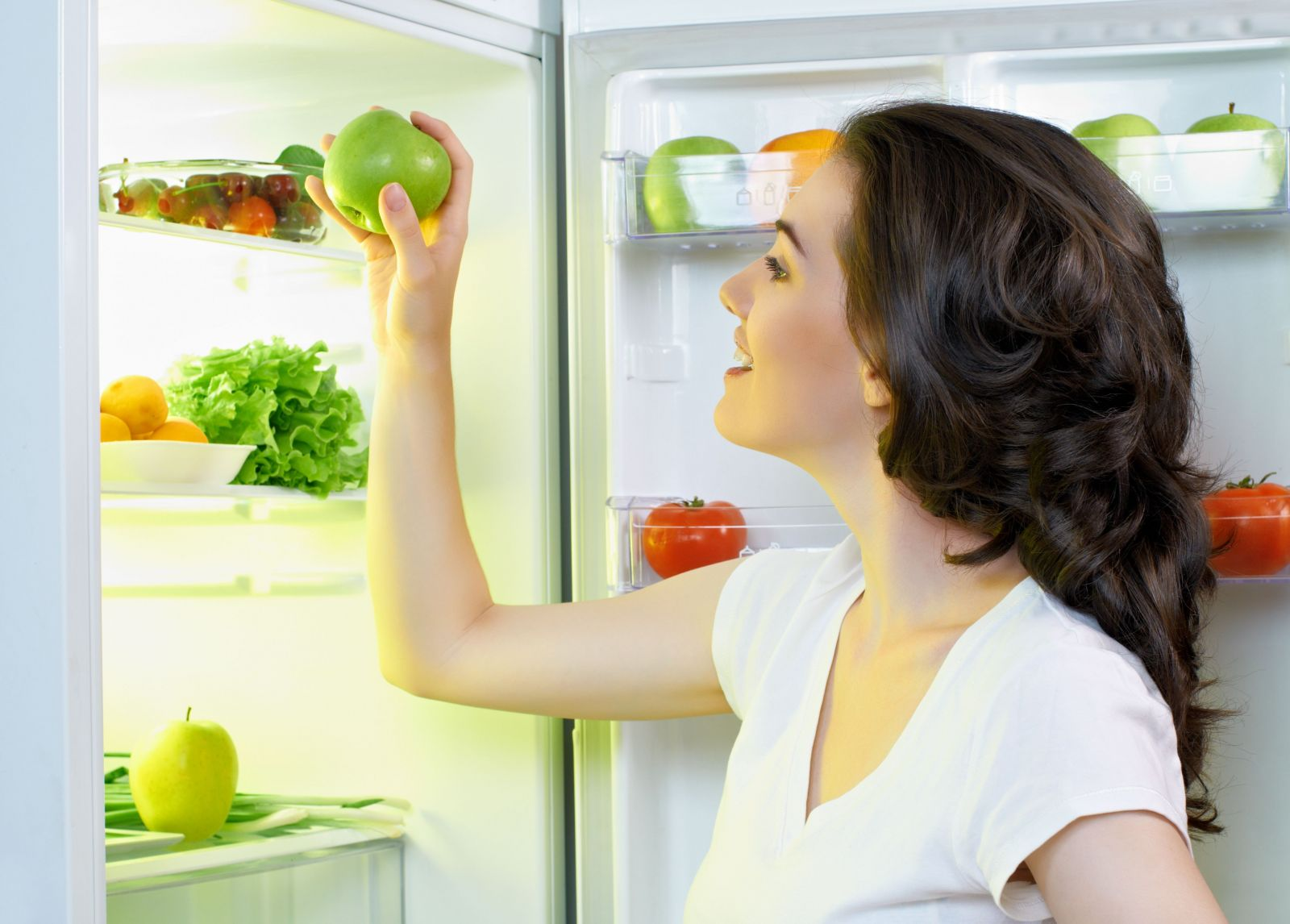 woman-in-refrigerator