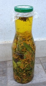 Sun Oil by recipe of our grandmothers