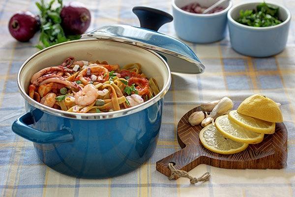 Delicious Squid and shrimp Pasta 1