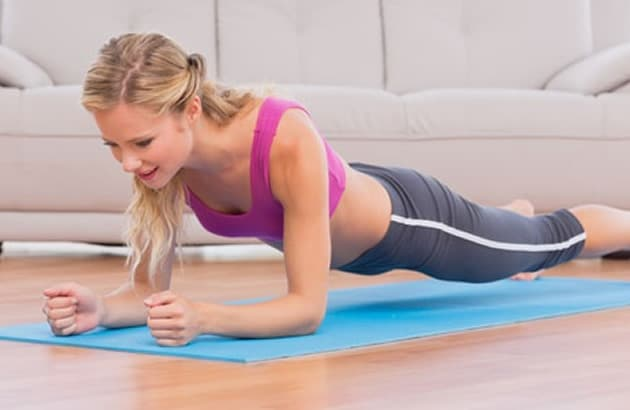 3 simple exercises for firmer arms and flat belly